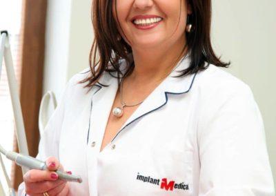 21.-IMPLANT-MEDICAL-właścicielka-gabinetów-lekarz-stomatolog